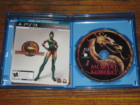 Opening up the Mortal Kombat Blu-Ray