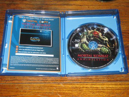 Opening up the Mortal Kombat: Annihilation Blu-Ray
